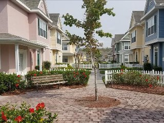 Venetian Bay (4019VB) - 3BR 2BA Townhome, gated Resort, lots of amenities