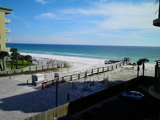 Nautilus 2410, large, newly remodeled beach front 2BR with heated pool
