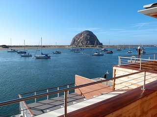 Harbor Front Condo - Fabulous location on Embarcadero! Beautifully and Comfortably Furnished!