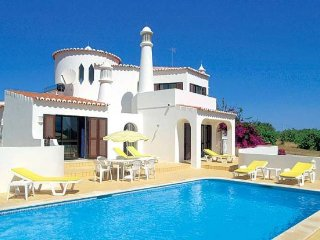 3 bedroom Villa in Poco Partido, Faro, Portugal : ref 5239017