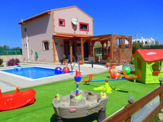 Stergios Villa With Private Pool Peaceful Location, Kolimbia