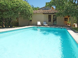 3 bedroom Villa in Ménerbes, Provence-Alpes-Côte d'Azur, France : ref 5051401