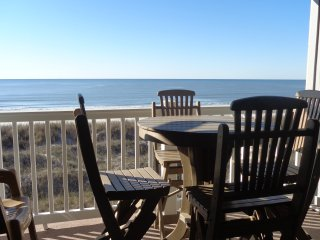 Best Direct Ocean Front View. (Pet friendly Sept.-May)