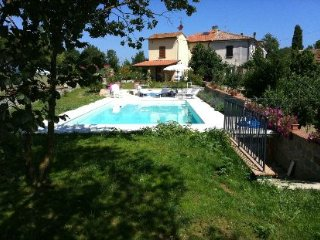 3 bedroom Villa in Cortona, Tuscany, Italy : ref 2020473