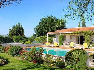 3 bedroom Villa in Lagos, Algarve, Portugal : ref 2022299, Odiáxere