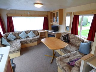 Coates 6 berth Caravan at Sunnydale Holiday park near Mablethorpe