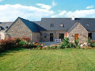 4 bedroom Villa in Tregunc, Brittany   Southern, France : ref 2023849