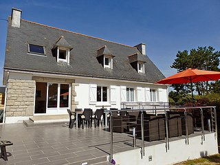 5 bedroom Villa in Tregunc, Brittany   Southern, France : ref 2023853, Nevez