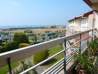 3 bedroom Apartment in Anglet, Nouvelle-Aquitaine, France : ref 5050082