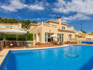 4 bedroom Villa in Calpe, Costa Blanca, Spain : ref 2031835