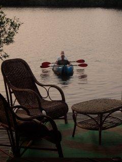 kayak à disposition pour les séjours longs