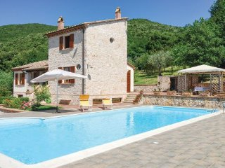 5 bedroom Villa in Guardea, Umbria, Perugia, Italy : ref 2038169