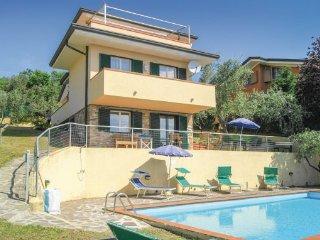 4 bedroom Villa in Botrici, Tuscany Coast, Versilia, Italy : ref 2038972