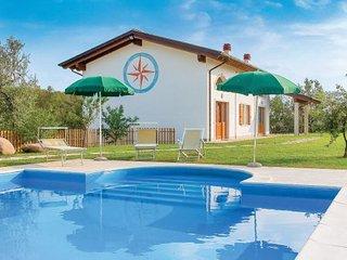 3 bedroom Villa in Caprino Veronese, Northern Lakes, Lake Garda, Italy : ref