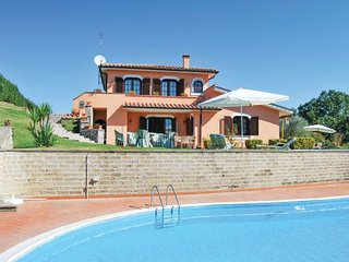 4 bedroom Villa in Rignano Sull Arno, Latium lazio, Latium Countryside, Italy