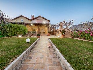 Villa Fay