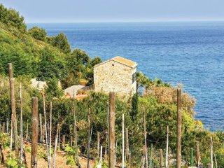 2 bedroom Villa in Imperia, Liguria, Italy : ref 2040075