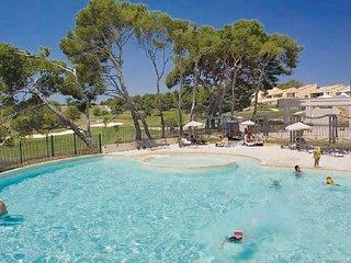 2 bedroom Apartment in Saumane De Vaucluse, Provence drOme ardEche, Vaucluse