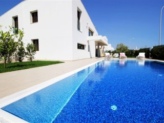 Amazing Villa with own swimming pool and garden in Marina di Ragusa up to 7ppl