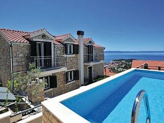 5 bedroom Villa in Makarska, Central Dalmatia, Croatia : ref 2044043