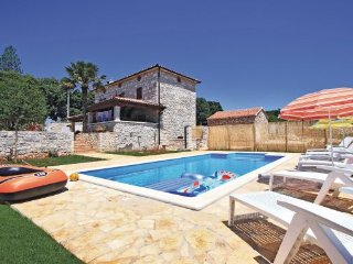 3 bedroom Villa in Labin, Istria, Croatia : ref 2044370, Sumber