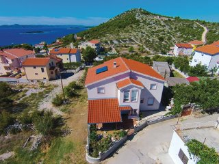 5 bedroom Villa in Biograd, Northern Dalmatia, Croatia : ref 2044680