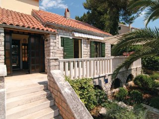 5 bedroom Villa in Brac, Central Dalmatia, Croatia : ref 2045026