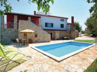 5 bedroom Villa in Rovinj, Istria, Croatia : ref 2045612