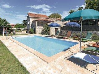 3 bedroom Villa in Vodnjan Klarici, Istria, Vodnjan, Croatia : ref 2047341