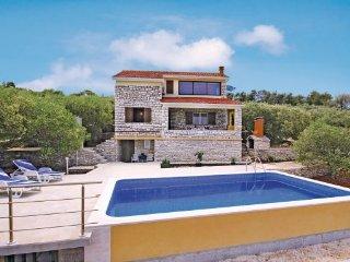4 bedroom Villa in Korcula, South Dalmatia, Croatia : ref 2047377, Vela Luka