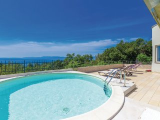4 bedroom Villa in Crikvenica, Kvarner, Croatia : ref 2088943