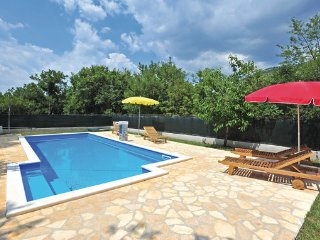 4 bedroom Villa in Trogir, Central Dalmatia, Croatia : ref 2088976, Prapatnica