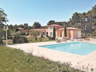3 bedroom Villa in Lambesc, Provence drOme ardEche, Bouches-du-rhone, France