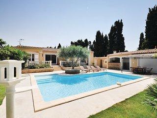 3 bedroom Villa in Salon De Provence, Provence drOme ardEche, Bouches-du-rhone