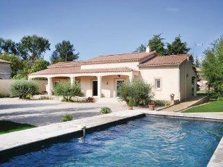 3 bedroom Villa in Pernes-les-Fontaines, Provence drOme ardEche, Vaucluse