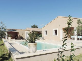 4 bedroom Villa in Saint Paul Trois Chateaux, Provence drOme ardEche, Drome