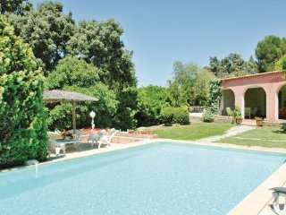 3 bedroom Villa in Aubais, Languedoc roussillon, Gard, France : ref 2089585