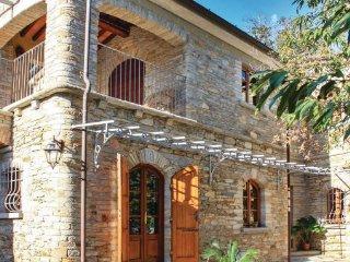 4 bedroom Villa in Montignoso, Tuscany Coast, Versilia, Italy : ref 2089790