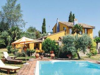 4 bedroom Villa in Calvi, Latium lazio, Latium Countryside, Italy : ref 2089895