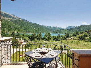 1 bedroom Apartment in Lago di Scanno, Abruzzo, Italy : ref 2089952