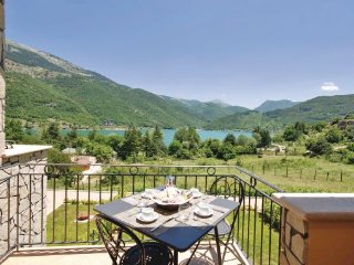 1 bedroom Apartment in Lago di Scanno, Abruzzo, Italy : ref 2090049