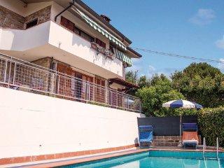 3 bedroom Villa in Botrici, Tuscany Coast, Versilia, Italy : ref 2090369, Piano di Conca