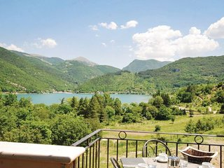 1 bedroom Apartment in Lago di Scanno, Abruzzo, Italy : ref 2090611