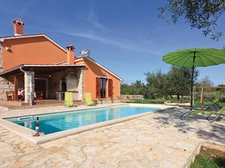 3 bedroom Villa in Krnica, Istria, Croatia : ref 2095308, Rakalj