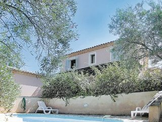 2 bedroom Villa in Cavaillon, Provence drOme ardEche, France : ref 2095716