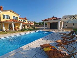 3 bedroom Villa in Trget, Istria, Croatia : ref 2099140