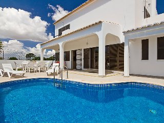 3 bedroom Villa in Olhao, Algarve, Portugal : ref 2099142