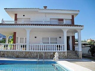 3 bedroom Villa in Alcanar, Costa Daurada, Canary Islands : ref 2099624