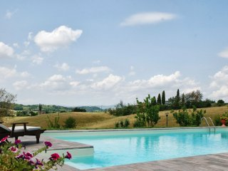 2 bedroom Apartment in Casastieri, Tuscany, Italy : ref 5226753