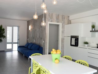 Luxurious two storey apartment next to the beach - VALUE, Marina di Ragusa